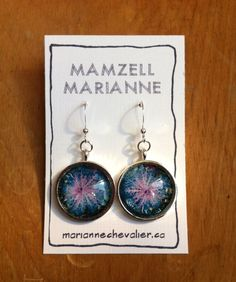 Round pendant earrings with hooks - 20 mm - purple cabbage photography and glass tile - Montreal market by mariannechevalier on Etsy