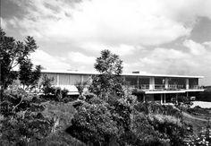 Kallistos Stelios Karalis || LUXURY Connoisseur ||Casa Fernández, Paseo del Pedregal 421, Jardines del Pedregal, México, DF 1956 Arq. Francisco Artigas Foto. Roberto Luna y Fernando Luna