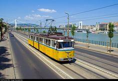 RailPictures.Net Photo: 492 Budapest Transport Limited (BKV.Zrt) Csm-3 at Budapest, Hungary by Balázs Bálint