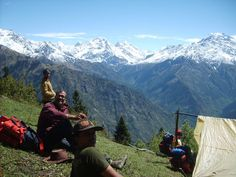 Kasol is excellent for a solo trip as well as with your best buddies. Best Tourist Destinations, Tourist Places, Best Places To Travel, Cool Places To Visit, States Of India, Landscape Photography, Photography Ideas, India Travel, Travel Agency