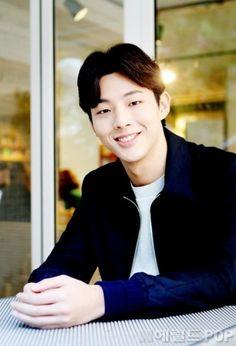 이지숙 기자[헤럴드POP=박아름 기자]지수가 건강한 모습으로 돌아왔다.지난 달 22일 JTBC 금토드라마 '판타스틱'에서 츤데레 연하남 김상욱으로 분해 여심을 ...