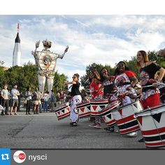 #Repost @nysci with @repostapp.Make some noise for the Greatest Show (& Tell) on Earth. World @MakerFaire 2015! @honknyc  #wmf15 #MakerFaire #NYSCI