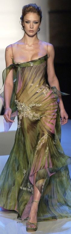 defo have to put a slip on underneath tho ;) ..DIG 2...  Elie Saab Couture, Spring 2004