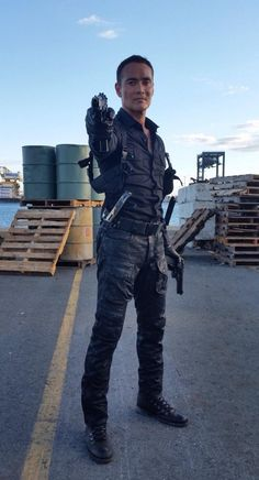 'Hawaii Five-0' Season 5 Spoilers: Wo Fat Heavily Armed In New PHOTO, 100th Episode Wraps [VIDEO]