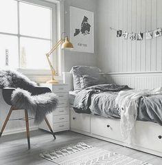Teenage room decor, bedroom decor teen, cute teen bedrooms, teen be Master Bedroom Interior, Room Ideas Bedroom, Small Room Bedroom, Bedroom Themes, Bedroom Furniture, Cozy Bedroom, Small Rooms, Kids Furniture, House Furniture
