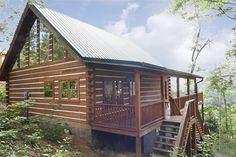 Crooning Pines 1 Bedroom Cabin for Rent in Gatlinburg $160/night hot tub and big tub