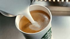 Starbucks Is Testing A New Latte That Tastes Exactly Like Guinness The best part of waking up is the taste of Guinness in your cup. Attention all coffee lovers: Starbucks is testing a new drink that. Bebidas Do Starbucks, Starbucks Drinks, Starbucks Coffee, My Coffee, Coffee Drinks, Coffee Time, Vegan Starbucks, Cappuccino Coffee, Coffee Club