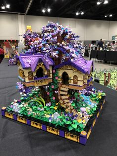 Elves treehouse, based on the Elvenstar Treehouse set. Lego Ninjago, Minifigures Lego, Lego Duplo, Lego Moc, Lego Minecraft, Minecraft Buildings, Cake Lego, Instructions Lego, Lego Friends Sets