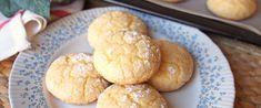 Pufi, citromos keksz krémsajttal gyúrva: könnyed, gyümölcsös teasütemény - Receptek | Sóbors Hamburger, Bread, Cookies, Yum Yum, Food, Crack Crackers, Brot, Biscuits, Essen