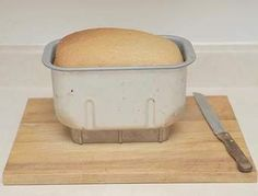 Smaller recipe for bread machine 1 cup warm water 3 tablespoons white sugar 2 teaspoons active yeast for bread machine cup v. Bread Maker Recipes, Breakfast Bread Recipes, Baking Recipes, No Yeast Bread, Bread Bun, Bread Baking, Basic Bread Recipe, Daily Bread, How To Make Bread