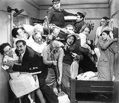 """Une nuit à l'Opéra ( """"A night at the Opera""""), 1935, l'un des chef d'oeuvre du cinéma Burlesque..."""