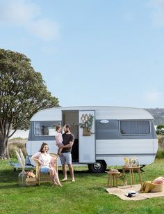 What was once a rusty run-down caravan has now been transformed into a spacious, coastal style holiday home. Photography by: Nicola Edmonds. checklist hacks products tips box camping camping campers caravans trailers travel trailers Vintage Caravan Interiors, Caravan Decor, Retro Caravan, Camper Caravan, Caravan Ideas, Diy Camper, Rv Campers, Camper Life, Vintage Rv