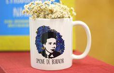 Estande Mimu - Evento Minha Arte no MON   #caneca #mug #presente #gift  #womanpower #girlpower #empoderamento #feminist #feminismo #poder #mulher #arte #simone #estande #pallet #decoração #bazar #ideia #beauvoir