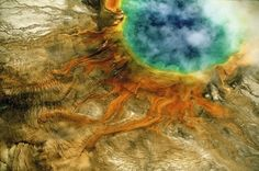 Grand Prismatic Spring, Yellowstone national park, Wyoming, United States