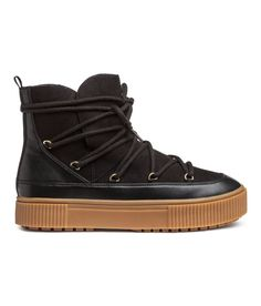 reputable site 3d7bb d9566 26 Winter Boots That Are Cute   Practical