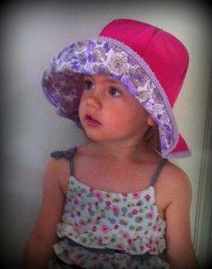 chapeau reversible pour enfant