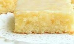 you love lemon bars or lemon brownies ? this lemon lemon brownies recipe is the best ever, come with only 3 weight watchers points. Lemon Recipes, Ww Recipes, Low Calorie Recipes, Light Recipes, Cooking Recipes, Dessert Weight Watchers, Plats Weight Watchers, Weight Watchers Meals, Sweets