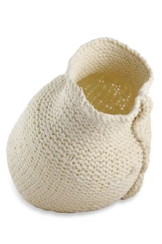 John Bauer (South Africa) Design Crafts, Ceramic Sculpture, Ceramic Art, Art Object, Artist Inspiration, Ceramics, John Bauer, White And Black, Fiber Art