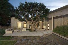 Расположенный в Малибу, в штате Калифорния, этот современный особняк был разработан Dutton Architects. - Дизайн интерьеров | Идеи вашего дома | Lodgers