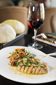 Tuna steak with Soba noodles. Recipe from Mikhail Marchuk, Chef of Touche Cafe