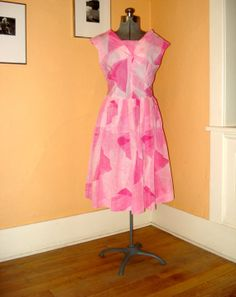 Vintage 1960s Mod Cocktail Dress Pink Crepe 2013649 by bycinbyhand, $38.00