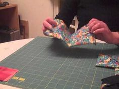 the next time i make a cathedral windows quilt, i'm going to try this technique...less machine sewing