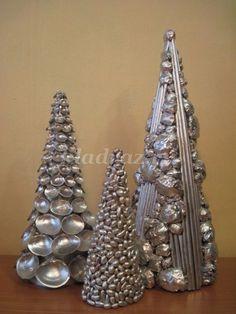 Новогодние елки из природного материала и бумаги своими руками
