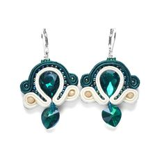 Emerald and vanilla soutache earrings lightweight by AvennaJewelry