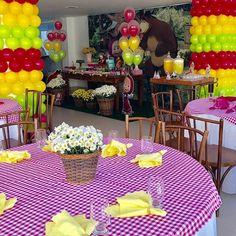 15 Lindos Centros de Mesa de Masha y el Oso Bear Birthday, 2nd Birthday Parties, Party Centerpieces, Table Decorations, Masha And The Bear, Bear Theme, Bear Party, Childrens Party, Baby Decor