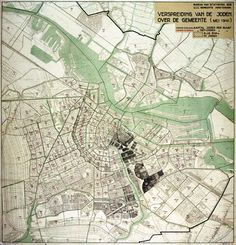 """1941 """"Stippenkaart """" map showing the concentration of the then 80.000-strong Jewish population of Amsterdam, where every dot stands for 10 individuals. Made by the Amsterdam statistics bureau for the Nazi occupying authorities."""