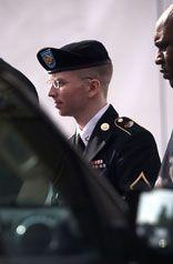 Bradley Manning campeón de la verdad. La Jornada en Internet: Martes 4 de junio de 2013