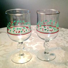 Vintage Christmas Wine Glasses / Holly Berry Red and Green Glassware by vintagepoetic on Etsy