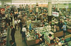 Pleasant Family Shopping: Woolworth's-America's Christmas Store