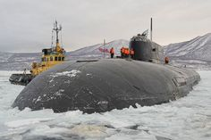 Nuclear-Powered Cruise Missile Submarine ( SSGN ) Commissioned in 1996 , Russian Pacific Fleet Borei Class Submarine, Russian Nuclear Submarine, Midget Submarine, Yellow Submarine, American Aircraft Carriers, Soviet Navy, Cruise Missile, Navy Ships, Submarines