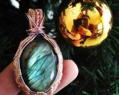 magic labradorite necklace di jewelshandmadebyfede su Etsy