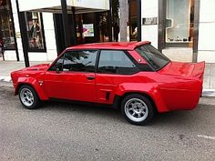 Fiat 131 Racing on Rodeo Drive