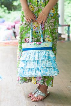 Sis Boom Rosetta Ruffle Bag, Ruffled Handbag Sewing Pattern PDF E-Book with Scientific Seamstress