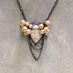 Pearl Salmoa II. Spikes, Silver Jewelry, Pearl Necklace, Jewelery, Cnd Nails, Pear Necklace, Silver Jewellery, Silver Decorations, Pearl Necklaces