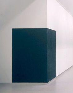 RICHARD SERRA http://www.widewalls.ch/artist/richard-serra/ #minimal #art #sculpture