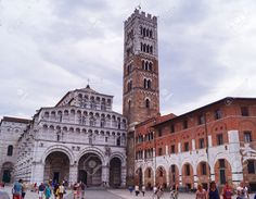 http://www.123rf.com/photo_54107323_cathedral-of-lucca-tuscany-italy.html