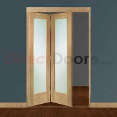 Image of Freefold Oak Pattern 10 Style Folding 2 Door Set with Obscure Glass