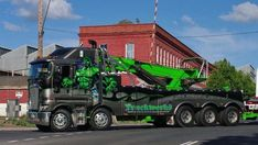 Towing Australia - The Hulk - Rotator Recovery Truck that is one big ass wrecker.GRS Towing Australia - The Hulk - Rotator Recovery Truck that is one big ass wrecker. Show Trucks, Big Rig Trucks, Custom Big Rigs, Custom Trucks, Kenworth Trucks, Peterbilt, Road Train, Heavy Truck, Diesel Trucks