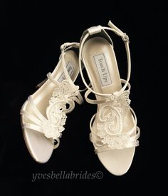 95a309b5aa7 Sexy Venice Lace T-Strap Bridal Sandals. Open Toe Bridal Shoes  yvesbellabrides.etsy