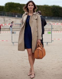 Alexa Chung. Notorious for looking effortlessly cool.