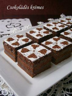 Csokoládés krémes 🍴 Sweets, Food, Gummi Candy, Candy, Essen, Goodies, Meals, Yemek, Eten