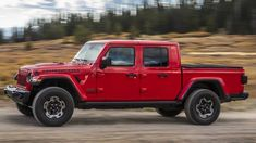 Jeep is building on the success of its Wrangler SUV by creating the Gladiator pickup truck. This model has been long anticipated by Jeep enthusiasts who fondly recall past off-road-ready trucks f. Jeep Wrangler Pickup, Jeep Pickup Truck, Jeep Cj, Jeep Wrangler Unlimited, Chevy Trucks, Lifted Trucks, Top Gear, Jeep Gladiator For Sale, Orange Jeep
