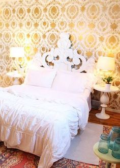 Gorgeous golden stenciled room by Precious Style http://www.preciousstyleonline.com/2013/02/the-golden-wall.html