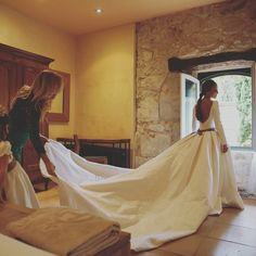 Boda Elena. 2015. Wedding Dresses, Inspiration, Fashion, Bridal Gowns, Bodas, Boyfriends, Bride Gowns, Moda, Bride Dresses