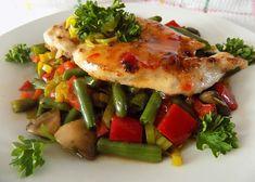 Kuřecí pikantní minutkový plátek se zeleninou recept - TopRecepty.cz Treats, Chicken, Sweet Like Candy, Goodies, Sweets, Snacks, Cubs