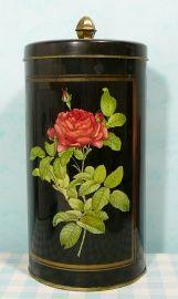 Vintage tin container Hoffmann Switzerland. 8,95 euro. Mies & Mas Vintage Toys & Kitchenware. Worldwide shipping.
